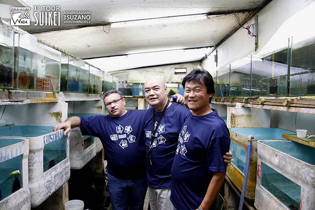 Um encontro de grandes amigos Toninho (Aquaterrário), Ricardo Kobe (Fotógrafo) e Roberto (Chácara Takeyoshi).
