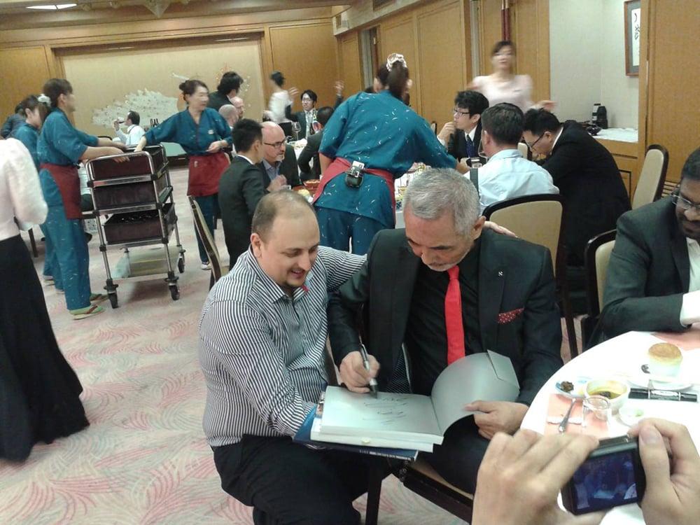 autografo do Takashi Amano