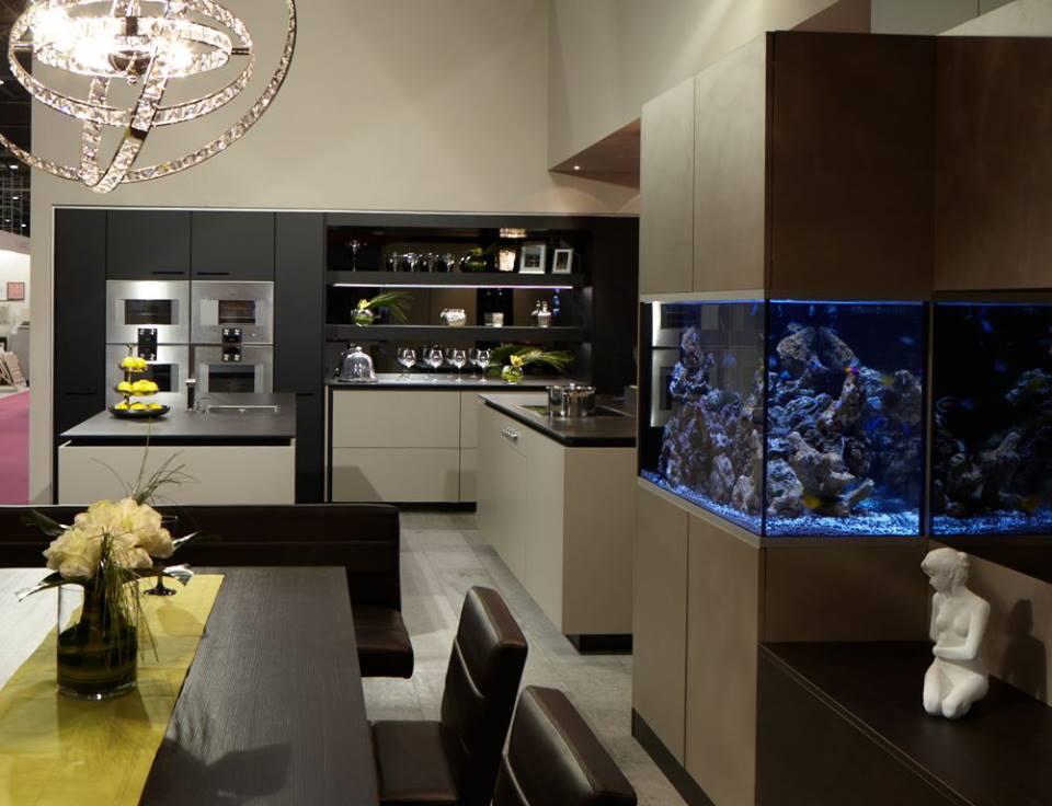Aquario na cozinha - aquafront