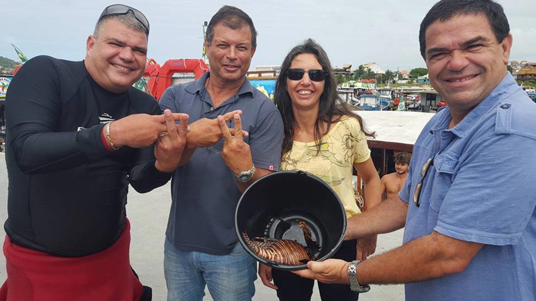 Peixe Leão é encontrado em Arraial do Cabo