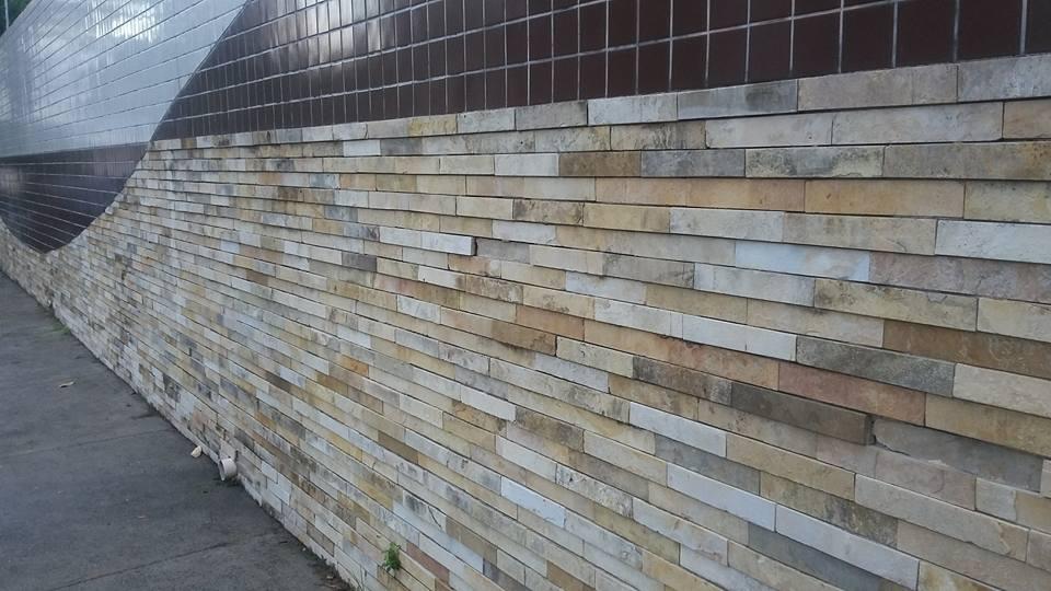 rochas sedimentares são usadas em muros e decorações