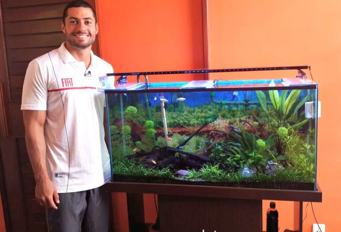 O nadador Ítalo Manzine é aquarista