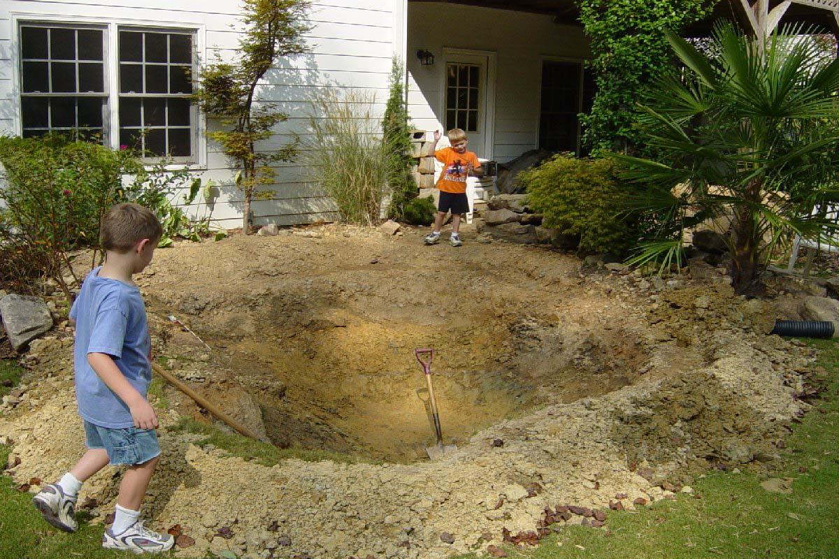 Não escolha lugares de difícil escavação para o lago